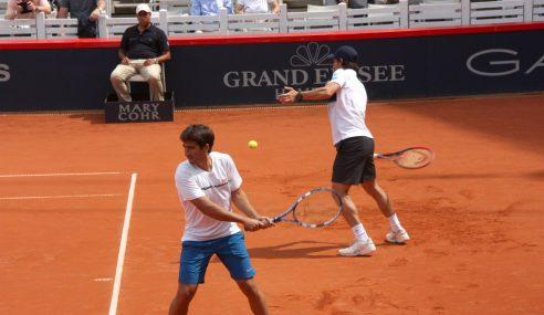 Tenis : Pablo Cuevas sigue en el ATP
