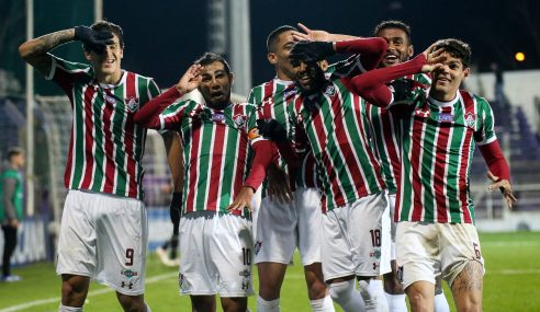 Fluminense sigue, Defensor eliminado