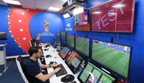 Video: El VAR en Barcelona vs Sevilla la conversación de los árbitros
