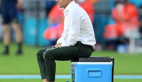 España no pudo ganar en el debut