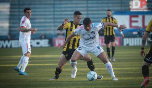 Peñarol y Nacional obligados a ganar